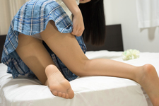 Ayane's Haruka Haruna leg back photo album + shooting in video