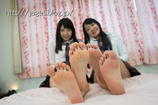 Pretty raw foot model MIO-Chan and the AMI-Chan 2